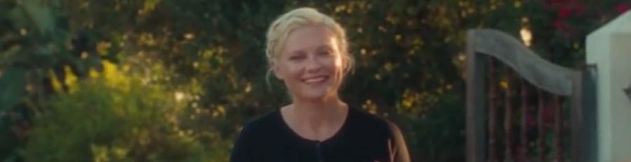 Kirsten Dunst Selfie