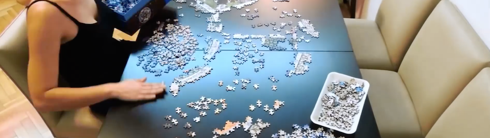 Time-lapse of a 9000 piece jigsaw.